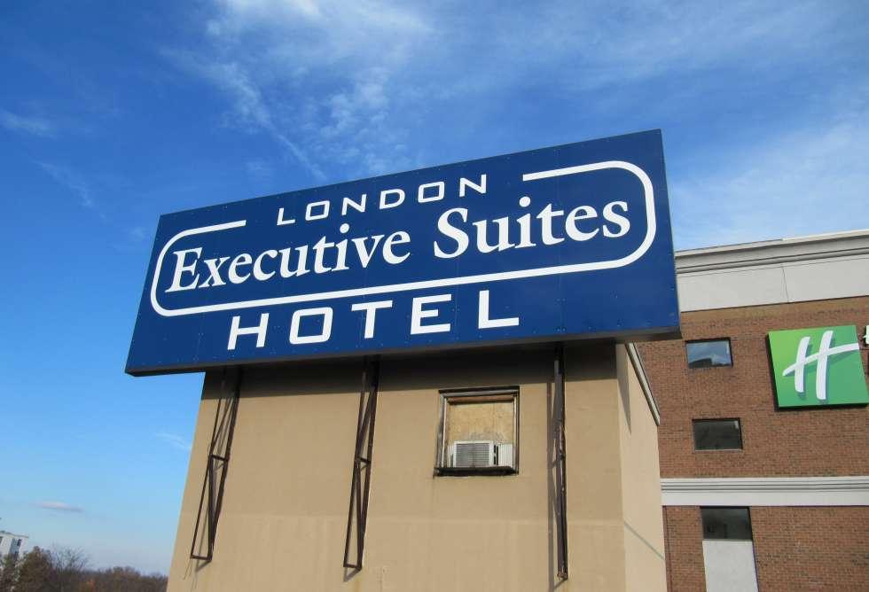 Executive Suites Nov 2010